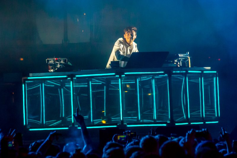 Flume_Air_And_Style_MA_02192017_002