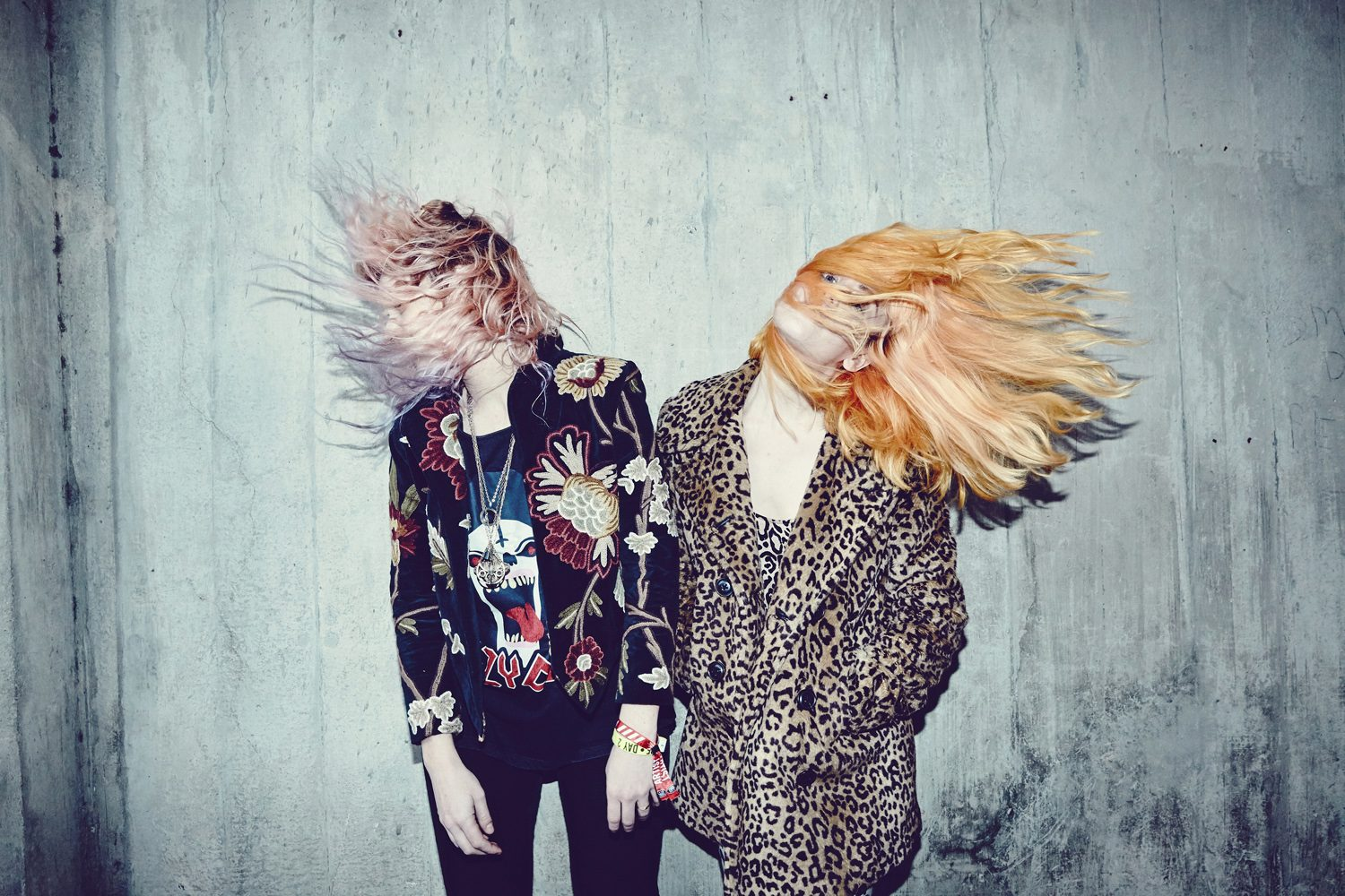 """Deap Vally Shares Edgy New Single """"I Like Crime"""" Featuring Jennie Vee of Eagles of Death Metal"""