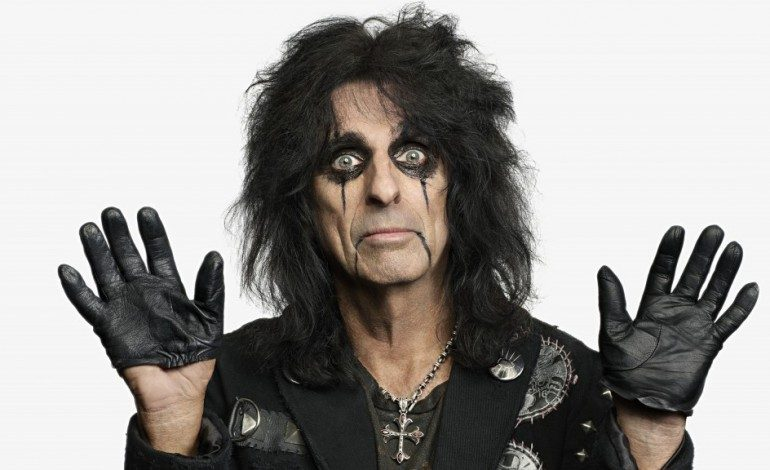 Alice Cooper Announces Limited Detroit Garage Rock Inspired 10″ EP Breadcrumbs for September 2019 Release