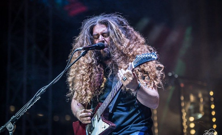 """Watch Coheed And Cambria Perform A Cappella Version Of 2018 Hit """"The Gutter"""""""