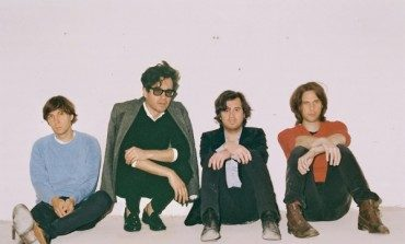 "Phoenix Premiere New Songs ""J-Boy,"" ""Ti Amo"" and ""Role Model"" at First Live Set of 2017"