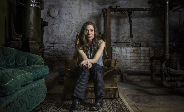 """Jusin Vernon Joins Ani Difranco to Release New Song """"Zizzing"""""""