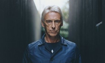 """Paul Weller Shares Smooth And Psychedelic New Single """"Glad Times"""""""