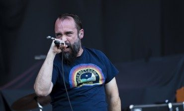 "Clutch Teaches How to Make Maryland Crab Cakes in New Video for ""Hot Bottom Feeder"""