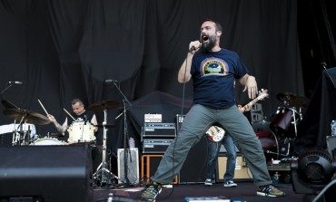 "Clutch Get in the Groove with New Song ""How To Shake Hands"""