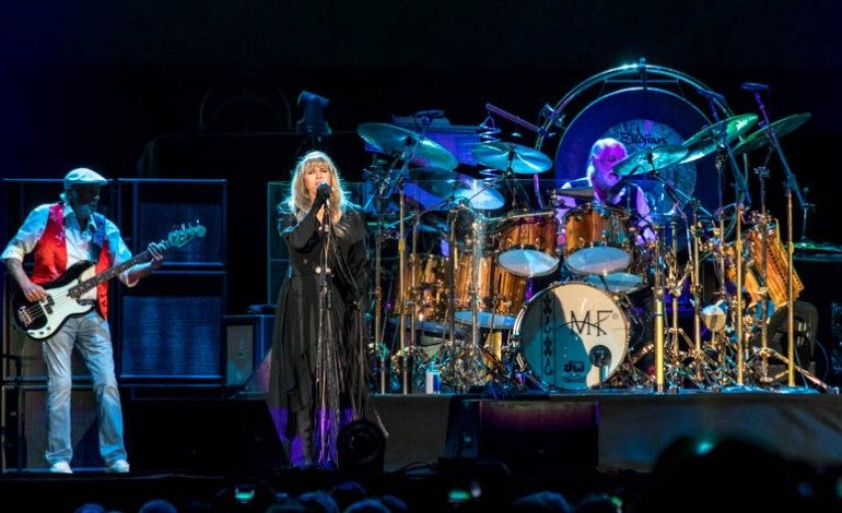 Stevie Nicks to Release 24-Karat Gold Live Album and a Concert Film to Appear in Cinemas