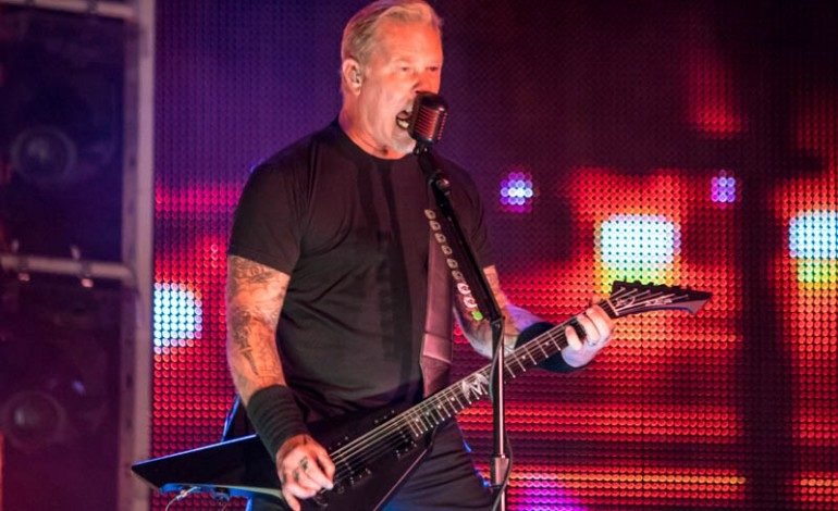 """Metallica's James Hetfield Makes First Live Performance Since Recent Rehab Stint, Covers """"Baby Hold On To Me"""" at Eddie Money Tribute Show"""