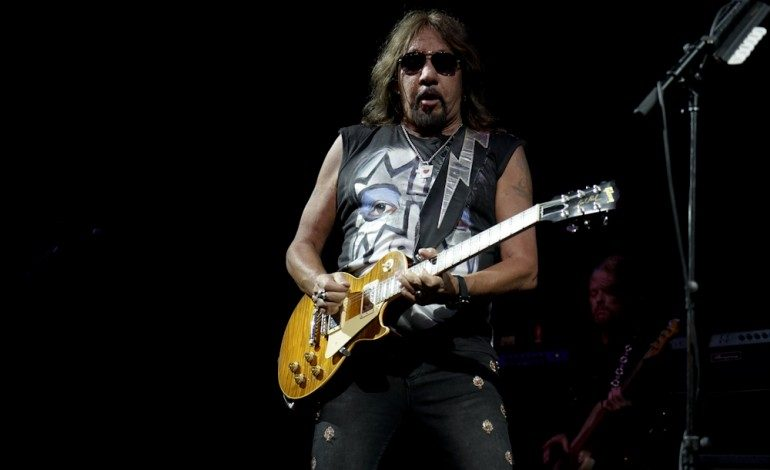 """Ace Frehley Says """"I'm A Trump Supporter"""" and The President Is """"The Strongest Leader That We've Got"""""""