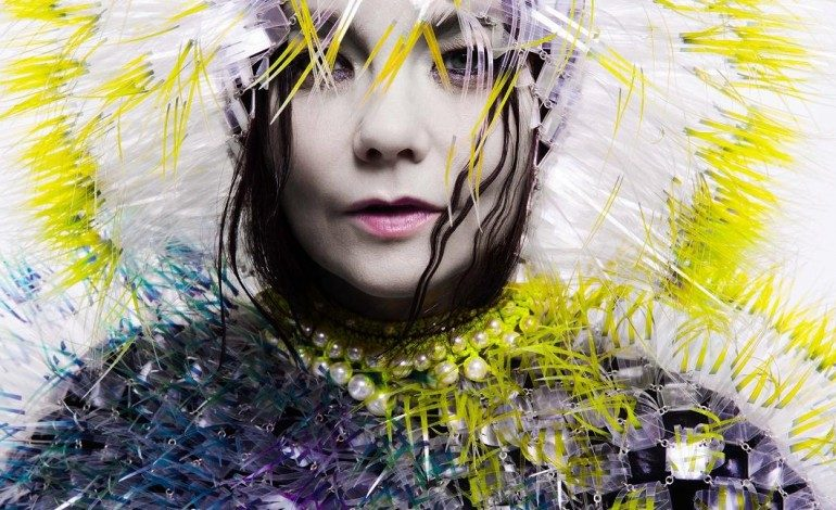 """Bjork Releases Mesmerizing New Love Song """"The Gate"""""""