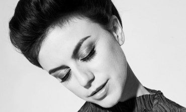 """Deradoorian Releases New Song """"Mountainside"""" and Announces New Mini Album Eternal Recurrence for October 2017 Release"""
