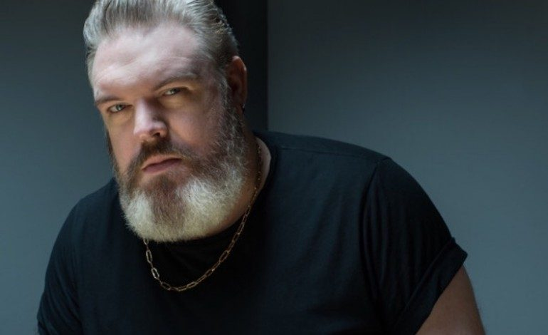 "Kristian Nairn Who Played Hodor In Game Of Thrones Releases New Video for ""Bigger"""