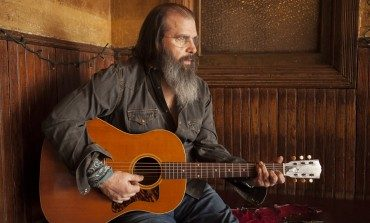 "Steve Earle Pays Tribute to Late Son Justin Townes Earle with New Album J.T. for January 2021 Release and Cover of ""Harlem River Blues"""