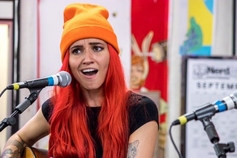 """Lights Shares An Electric Version Of Christmas Classic """"Deck The Halls"""" - mxdwn Music"""