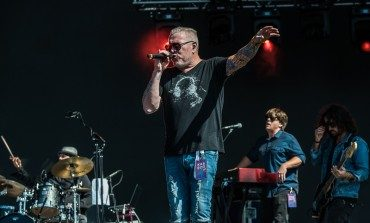 Smash Mouth Singer Retires After Video Of  Chaotic Performance In NY Goes Viral