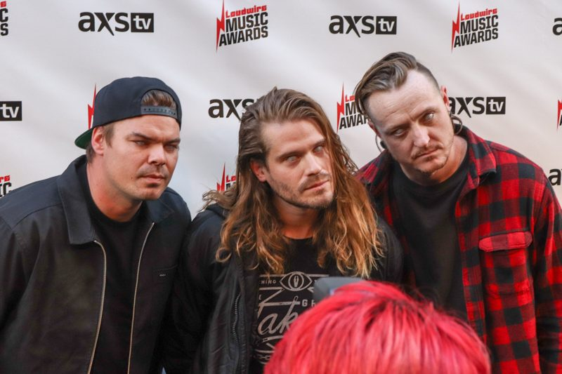 Ded-Loudwire-Awards-MA-10242017