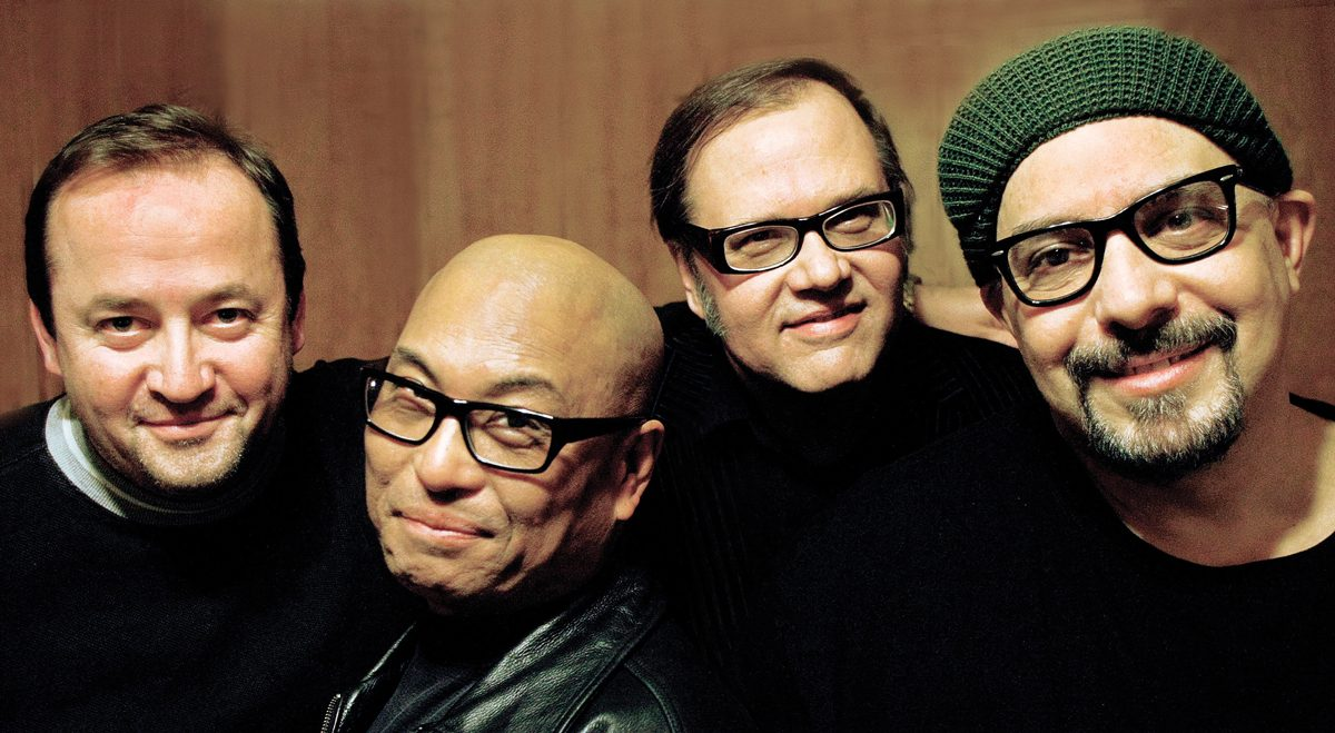 SMITHEREENS-PRESS-PHOTO
