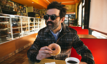 """Eels Announce Summer 2018 Tour Dates with Release of Acoustic Version of """"Today Is The Day"""""""
