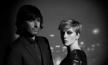 """Pete Yorn and Scarlett Johansson Announce New EP Apart and Share New Song """"Bad Dreams"""""""