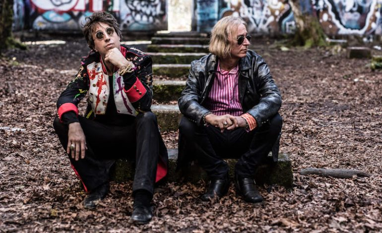 Peter Buck of R.E.M. and Joseph Arthur Announce Fall 2018 Dates For First Arthur Buck Tour