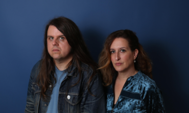 """mxdwn PREMIERE: Billy & Dolly """"Can't Stay Calm"""" in New Song from Upcoming Album Five Suns"""