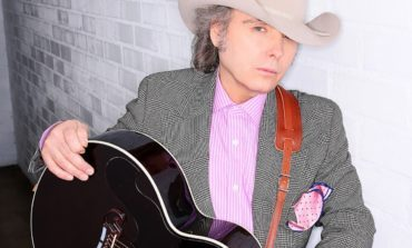 "Dwight Yoakam Shares New Songs ""Pretty Horses,"" and ""Then Here Came Monday"" Through His Sirius Xm Channel"