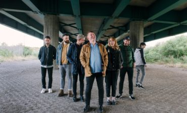 Los Campesinos! Announces Winter 2018 Hold On Now, Youngster… and We Are Beautiful, We Are Doomed 10th Anniversary Winter 2018 Tour Dates