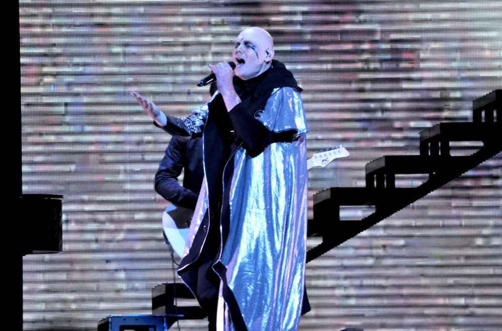"""Smashing Pumpkins Play """"Quiet"""" For The First Time In 27 Years At Riot Fest"""