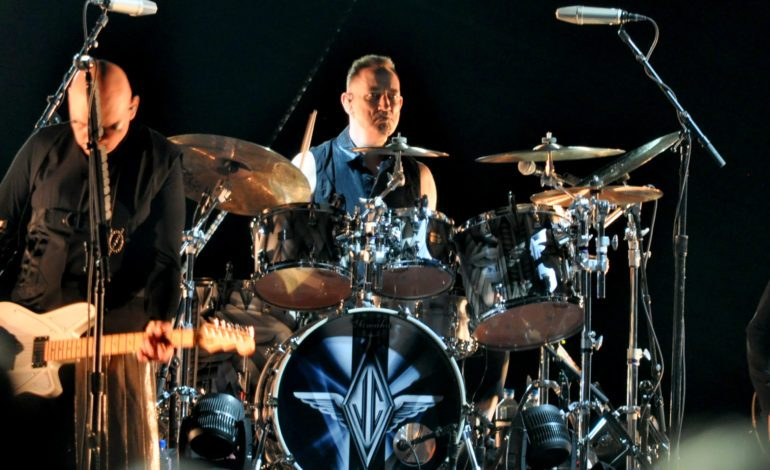 Jimmy Chamberlin Complex Announces New Album Honor for September 2020 Release