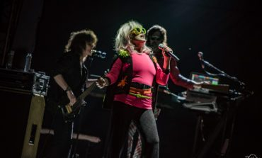Blondie Releases 'Yuletide Throwdown' Holiday EP Featuring Rare, Original from 1981 Recording With Fab 5 Feddy