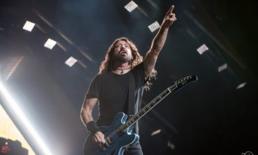 """Dave Grohl and His Daughter Violet Release Striking Cover Of X's """"Nausea"""""""