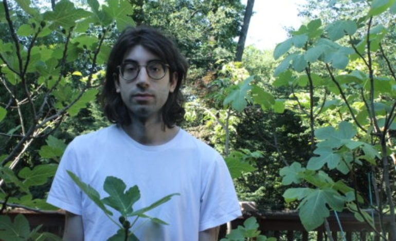 "mxdwn PREMIERE: Jonathan Franco Blends Crystalline Guitars with Lo-Fi Casio Tones on New Song ""Wine Lips"""
