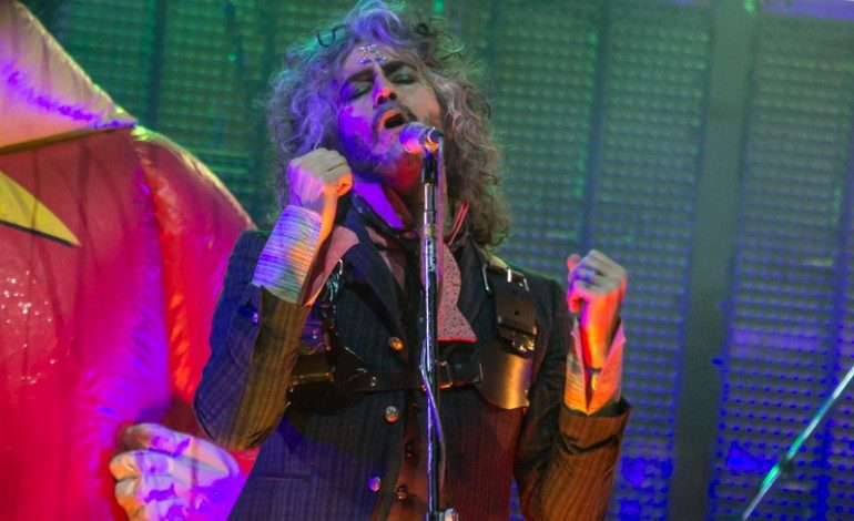 "The Flaming Lips Officially Announces World's First Bubble Concert and Share New Video for ""Brother Eye"""