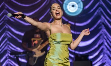 """Jorja Smith Makes Cash in New Video for """"Bussdown"""" Featuring Shaybo"""