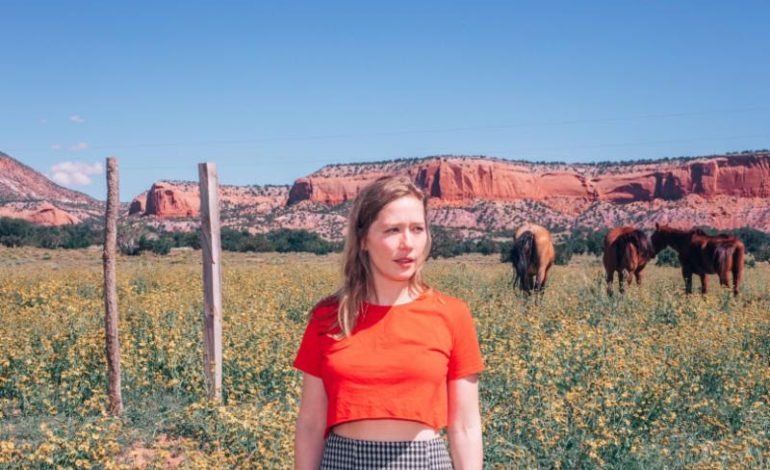 """Julia Jacklin Releases Sub Pop Singles Club 7″ Featuring New Songs """"to Perth, before the border closes"""" and """"CRY"""""""