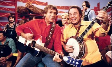 Roy Clark, Country Star and Co-Host of Hee Haw Dies at 85