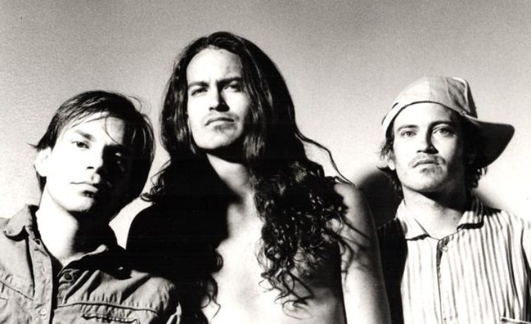 Meat Puppets' Original Lineup Announces First New Album Together in 23 Years Dusty Notes for March 2019 Release