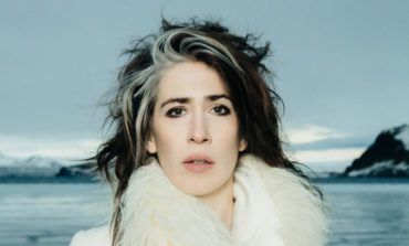 """Frou Frou Releases First Single In 15 Years With """"Guitar Song (Live)"""""""