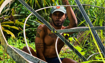 """JPEGMAFIA Performs In His Bathroom In New Music Video For """"PANIC ROOM!"""""""
