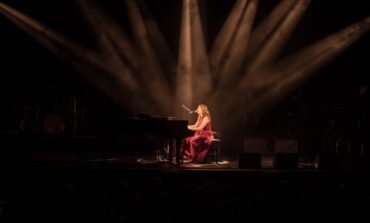 Regina Spektor Performs Live on Broadway at Lunt-Fontanne Theatre, New York
