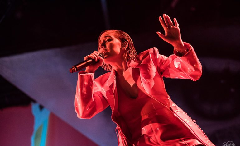 Yola Día Festival 2019 Review and Photos Lykke Li, Courtney Love, Cat Power and More Celebrates Women and Unity