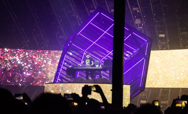 """deadmau5 Releases New Song """"Fall"""" from CubeV3 Tour"""