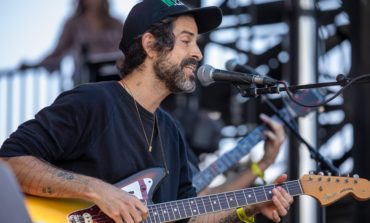"""Devendra Banhart and Noah Georgeson Shares New Ambient Tracks """"A Cat"""" and """"Aran In Repose"""""""