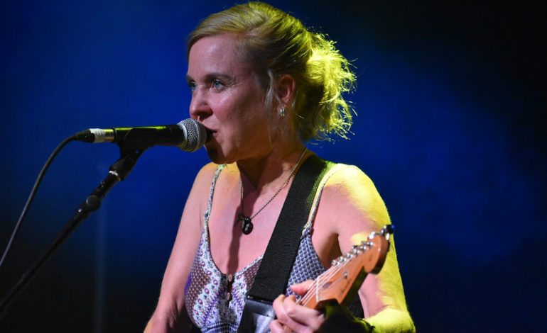 Throwing Muses Announces First New Album in 7 Years Sun Racket for May 2020 Release