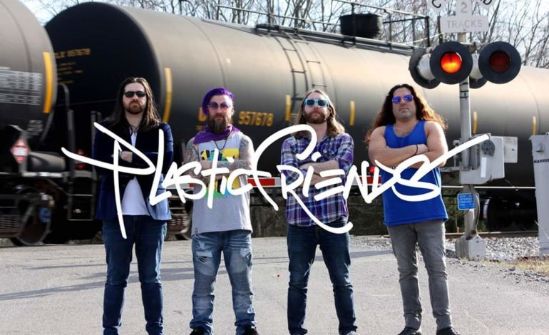 """mxdwn PREMIERE: Plastic Friends Are Looking For Answers on New Song """"White Mirror"""""""