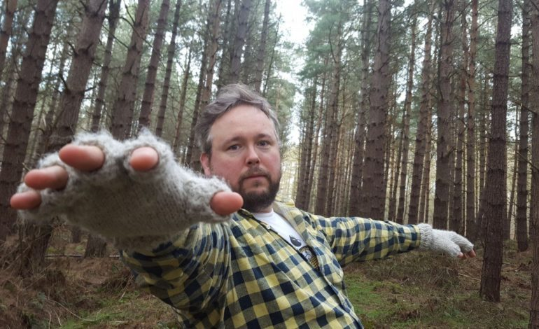 """Richard Dawson Gets Existential on New Song """"Dead Dog in an Alleyway"""""""