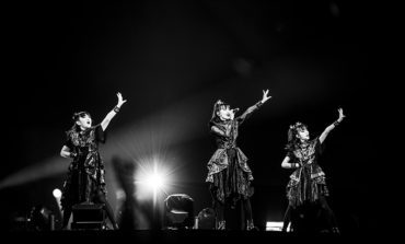 """Babymetal Performs Amid a Mortal Kombat Style Battle Royale in New Video for """"BxMxC"""""""
