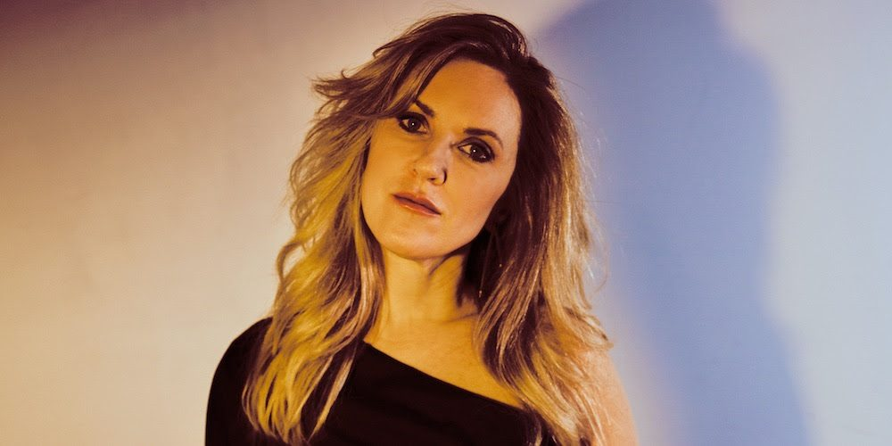 """Liz Phair Reveals June 2021 Release Date for New Album Soberish, Shares New Song """"Spanish Doors"""" and Announces Summer 2021 Tour Dates Including June Hollywood Bowl Show"""