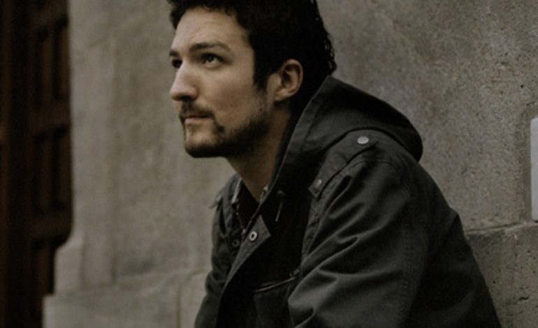 """Organizers of Frank Turner's Socially-Distanced Indoor Test Show Say It Was """"Not a Success"""""""