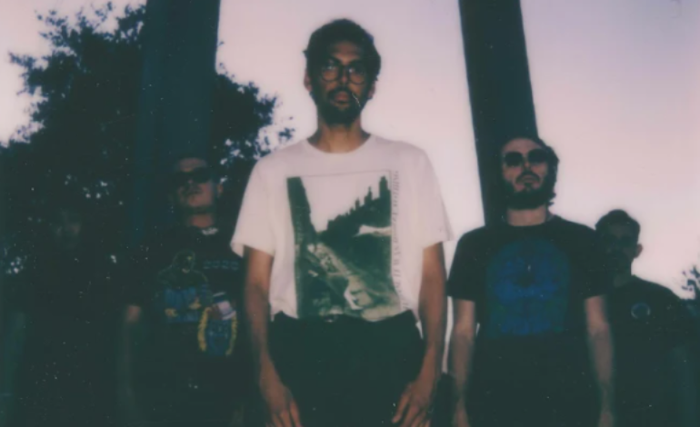 """mxdwn PREMIERE: Draag Give Pinback's """"Loro"""" a Glitchy Electronic Cover"""
