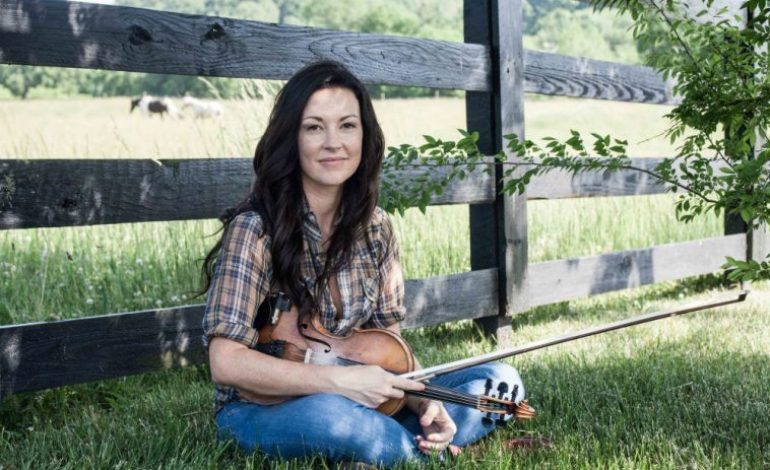 """Amanda Shires Shares Groovy New Cover Of Genesis' """"That's All"""""""